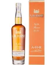 A.H. RIISE XO RESERVE RUM 0,7l 40%