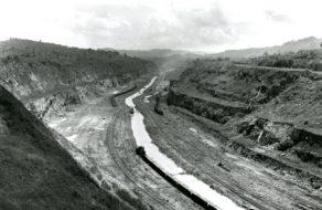 Stavba Panamského kanálu